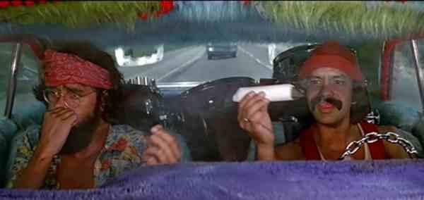 Cheech y Chong una Peli para Verla Bien Fumaos